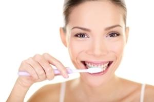 Zahnmythen - Zähne putzen