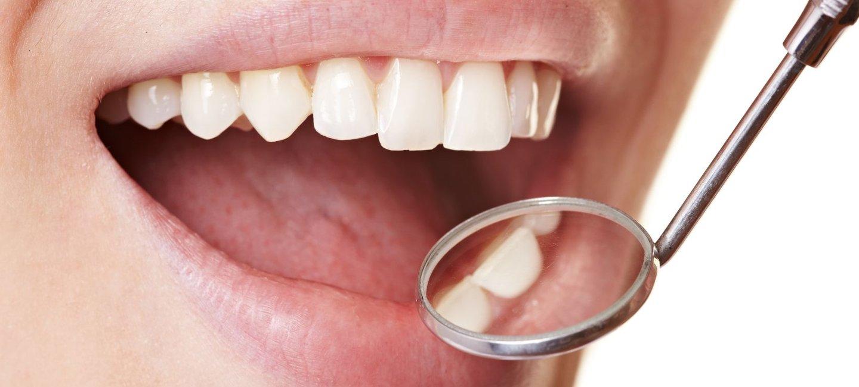 durch zahnseide zahnfleisch entzündet